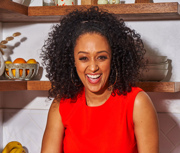 "Tia Mowry: ""My Extreme Pelvic Pain Turned out to Be Endometriosis"""
