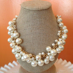 Molly Pearl Bauble Necklace - Gold