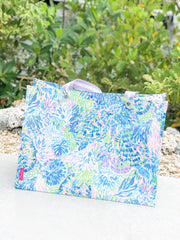 XL Market Shopper Tote by Lilly Pulitzer - Shell Of A Party