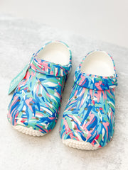 Leaves Printed Clogs by Simply Southern