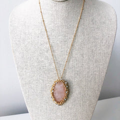 Sydney Oval Pendant Necklace - Rose Quartz