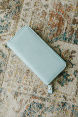 The Perfect Clutch in Mint Blue - 3/4