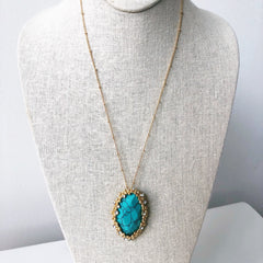 Sydney Oval Pendant Necklace - Turquoise