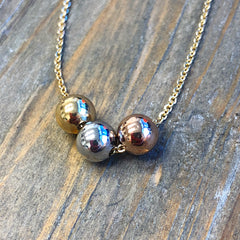Dainty Tri-Colored Beaded Necklace