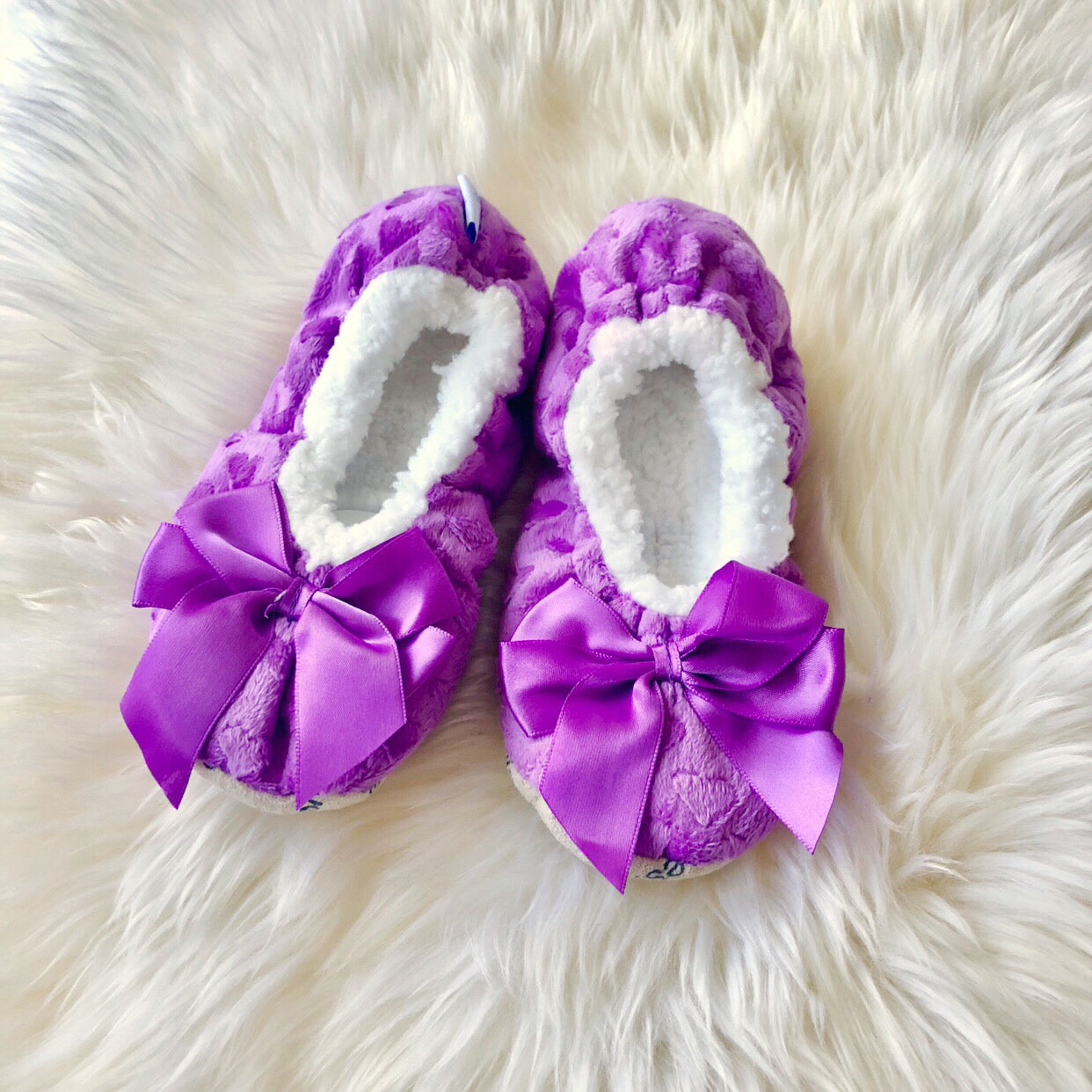 84582f85bd9d Kids Bow Snoozies! Slippers - Purple – Prep Obsessed