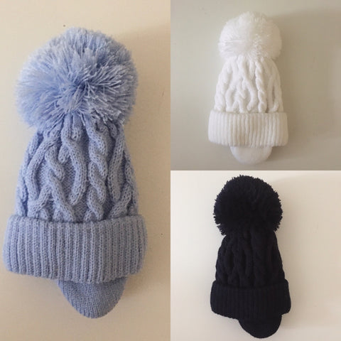 Cable Knit Pompom Hat