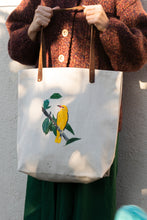 Load image into Gallery viewer, Eurasian golden oriole - artisanal tote