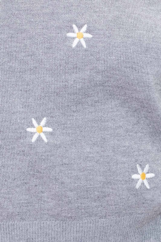 L/S SWEATER WITH DAISY EMBROIDERY
