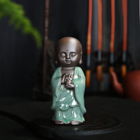 statuette bouddha debout illustration