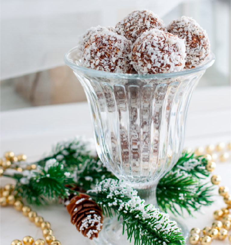 Snowy Mince Pie Bliss Balls
