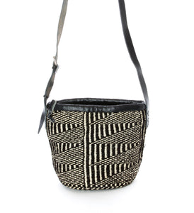 Pen & Ink Patterned Sisal Purse