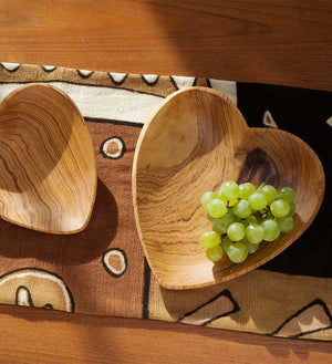 Set of Hand-Carved Heart Serving Dishes - Kitchen Handmade in Africa - Swahili Modern - 4