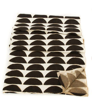 Black & White Dunes Organic Cotton Throw