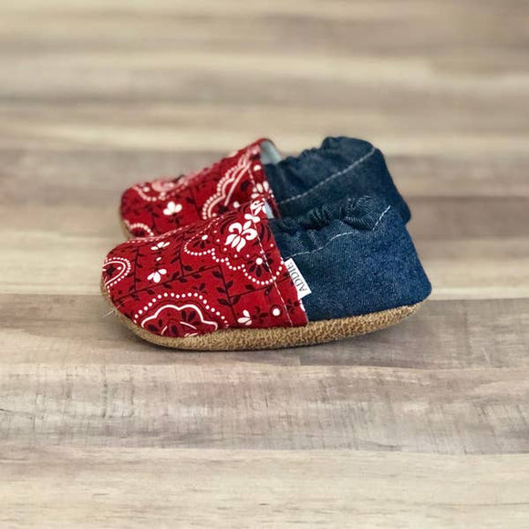 RED BANDANA MOCCS
