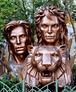 Siegfried and Roy Pin