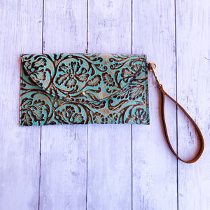 Bear Creek Leather Large Wristlet- Turquoise