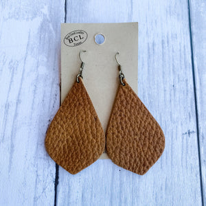 Bear Creek Leather Earrings- Light Pebbled Brown