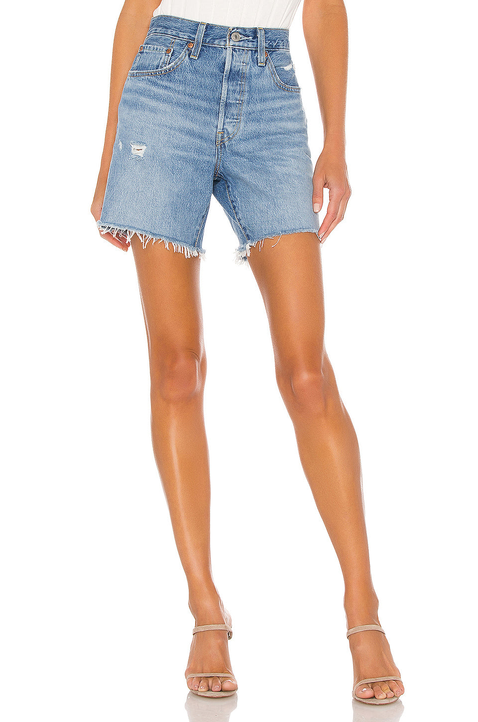 Levi's Mid Thigh Short in Luxor Street