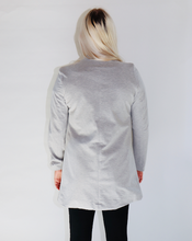 Load image into Gallery viewer, Fitted Blazer in Heather Grey