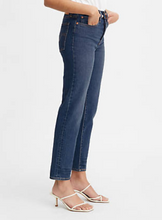 Load image into Gallery viewer, Levi's Wedgie Fit Ankle Denim in Dark Wash
