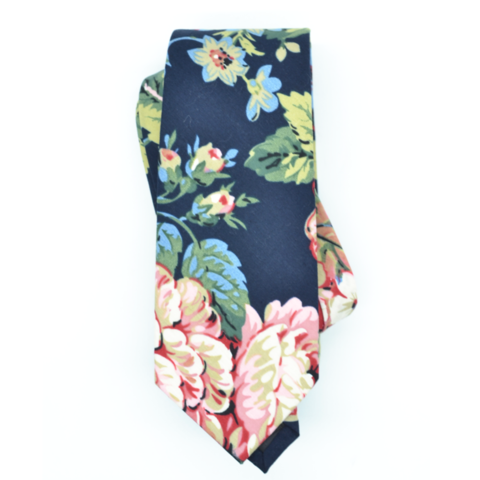 Curated Basics Garden Tie in Navy
