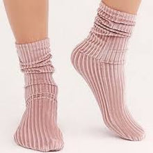 Load image into Gallery viewer, Free People Trixie Velvet Socks