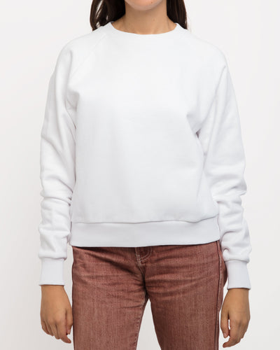 x karla The Raglan Crew Neck Sweatshirt in White