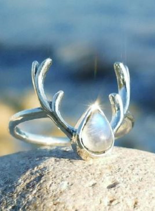 Silver Antler ring with Moonstone