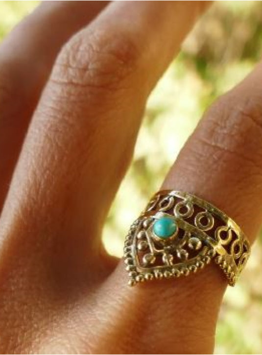 Geomteric design Brass ring with Turquoise setting