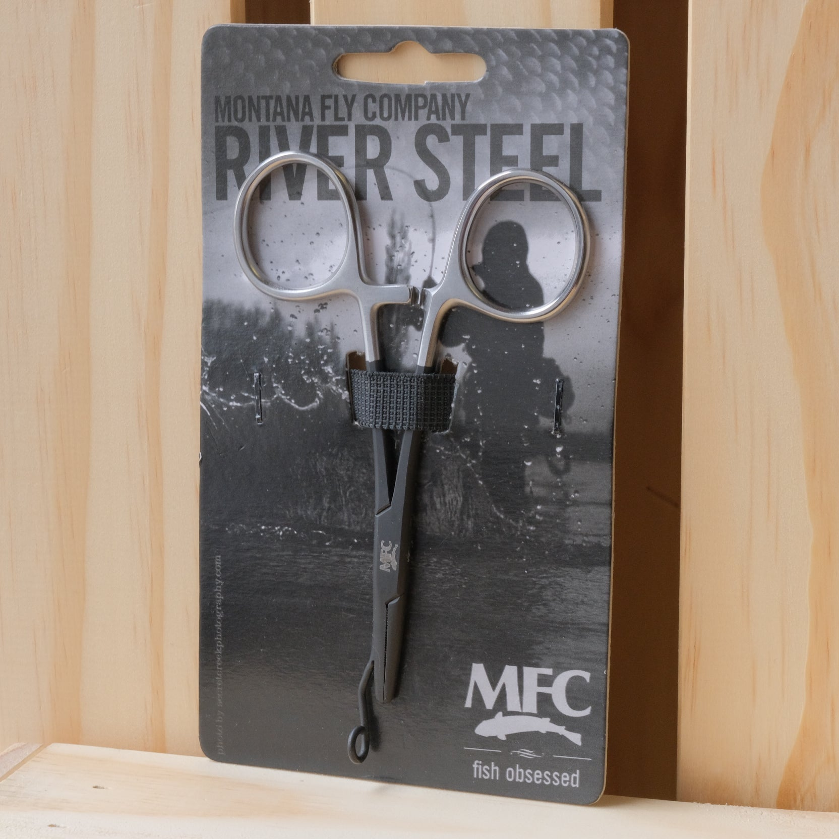 MFC River Steel - 5″ Straight Tip Forceps w/ Release