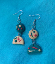 Load image into Gallery viewer, Parasailing Earrings