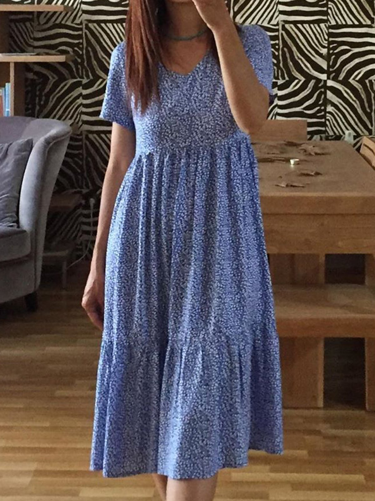 Gentle Blue Printed V-Neck Loose Pleated Dress 4