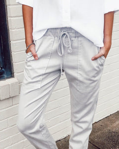Light Grey Drawstring Pocket Casual Pants 2