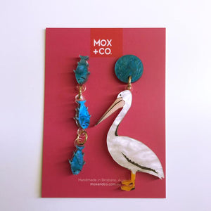 MOX & Co pelican with fish dangles
