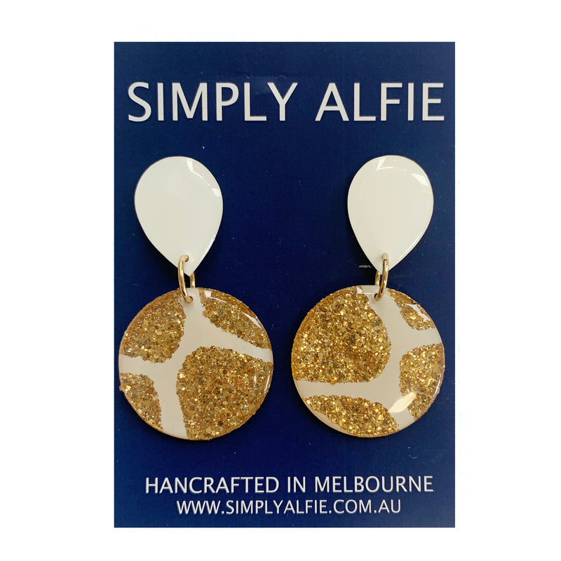Simply Alfie | Gold & White Dangles