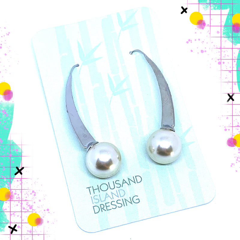 TID pearl and silver hooks Large