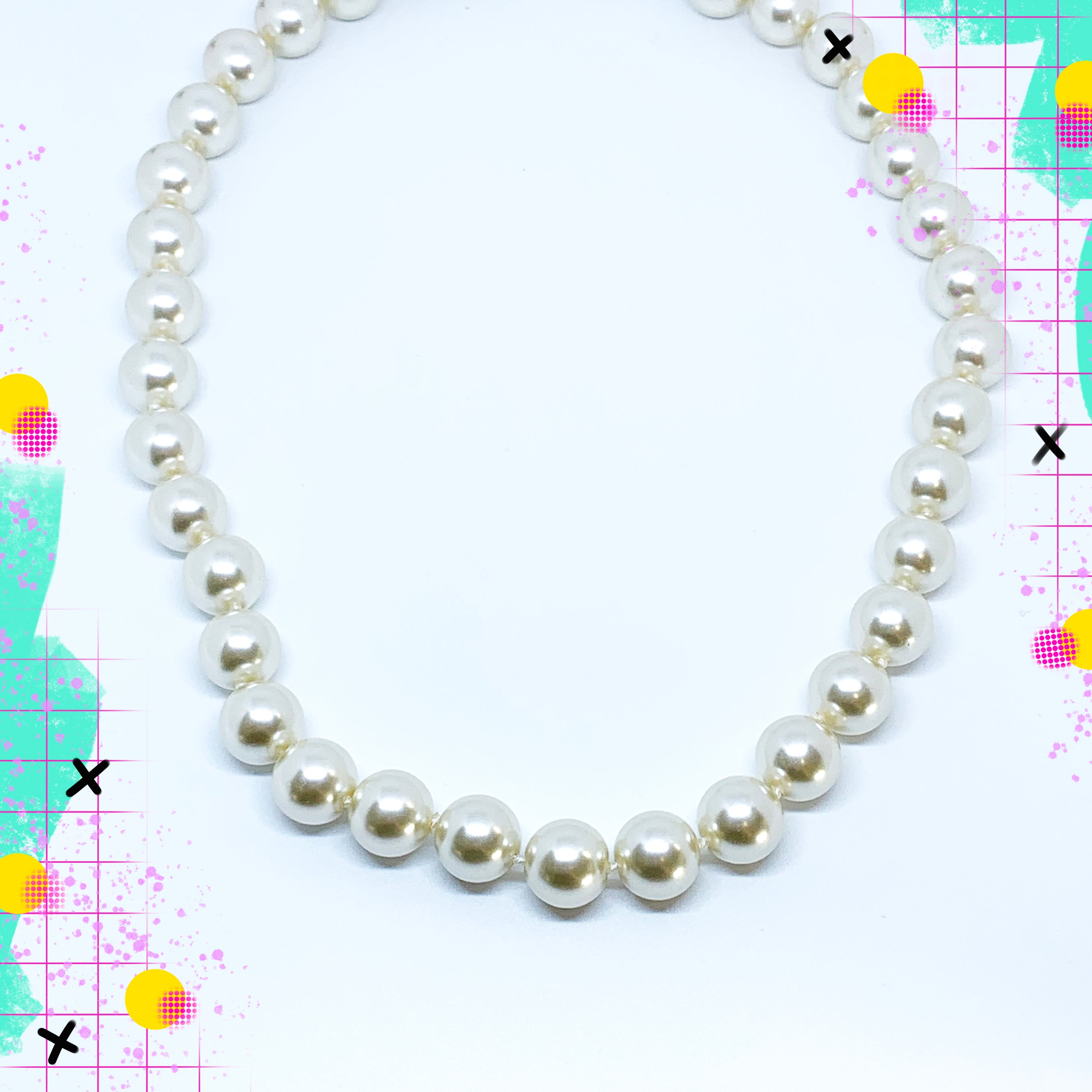 TID glass pearl necklace