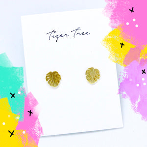 Tiger Tree brushed metal monstera leaf studs - Gold