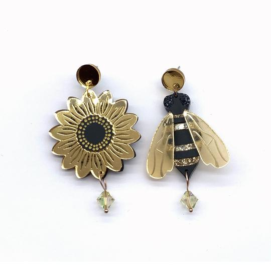 Bobbi Frances | Bentleigh Bee and His Sunflower Dangles