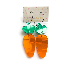 Lara Jade | Carrot mirror hoops