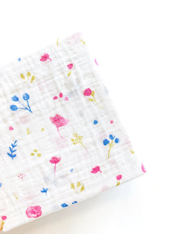 Cotton Crib Sheet - Springtime Flower