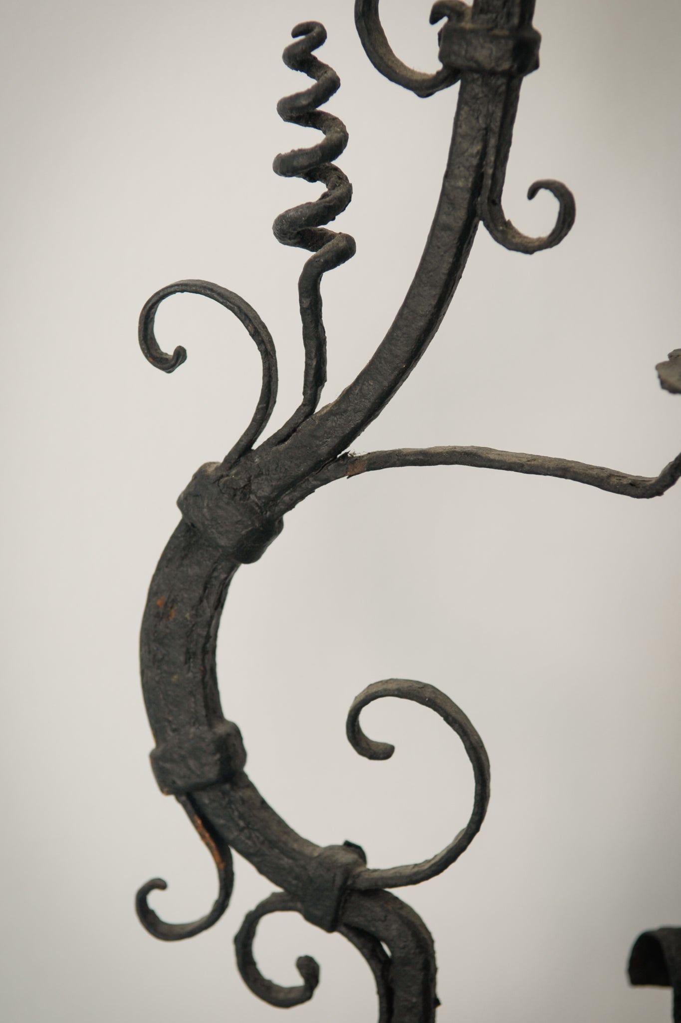 Pair of Wrought Iron Antique Washbowl Stands_Detail 2