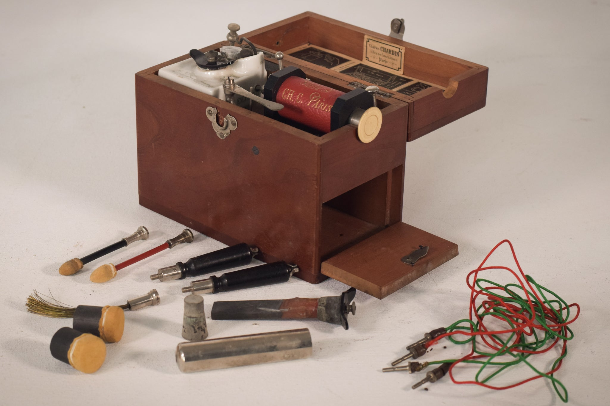 Charles Chardin electrotherapy device. Paris, c.1910.