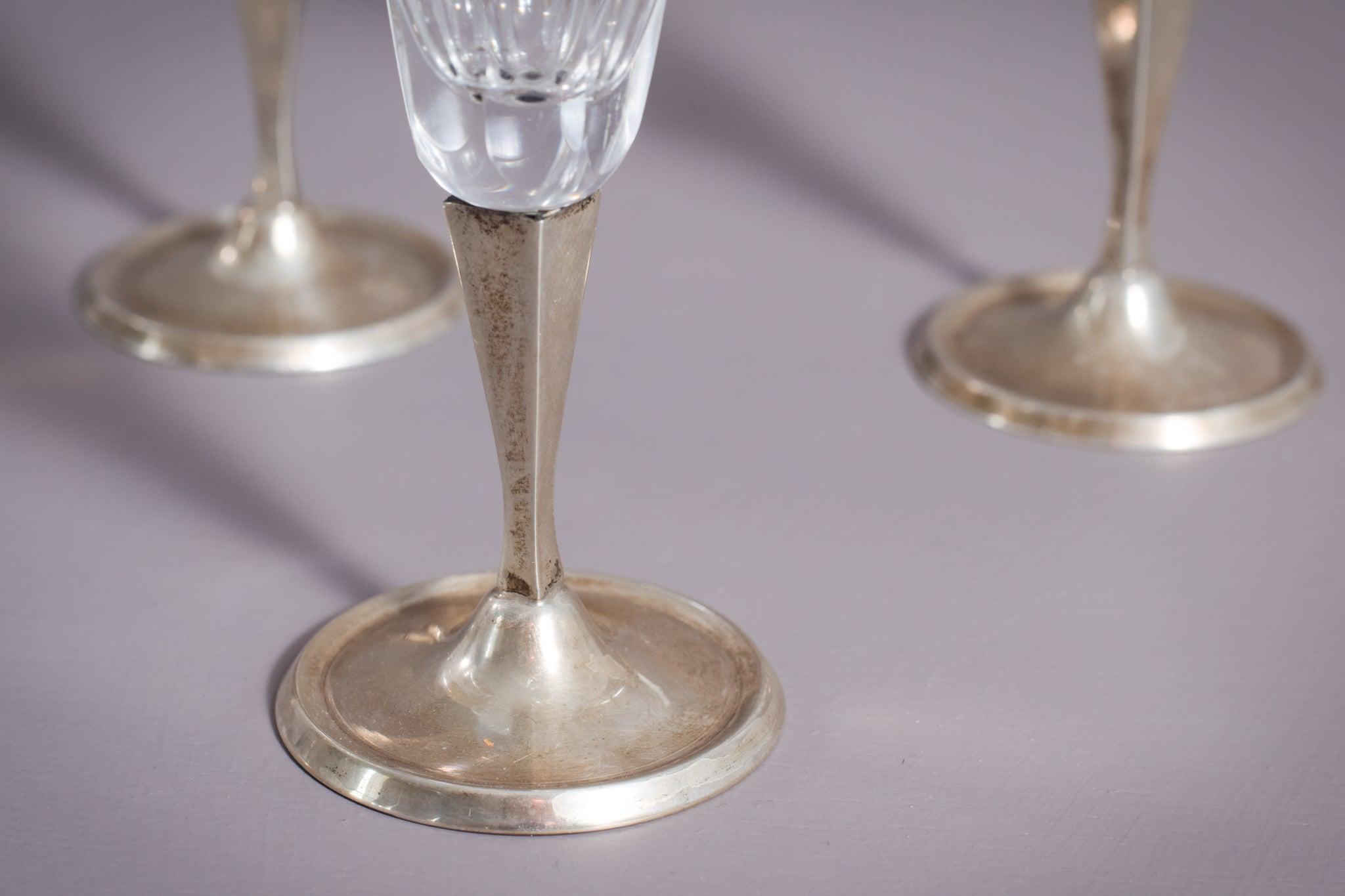 Silver and Glass drinking glasses (5 pieces)