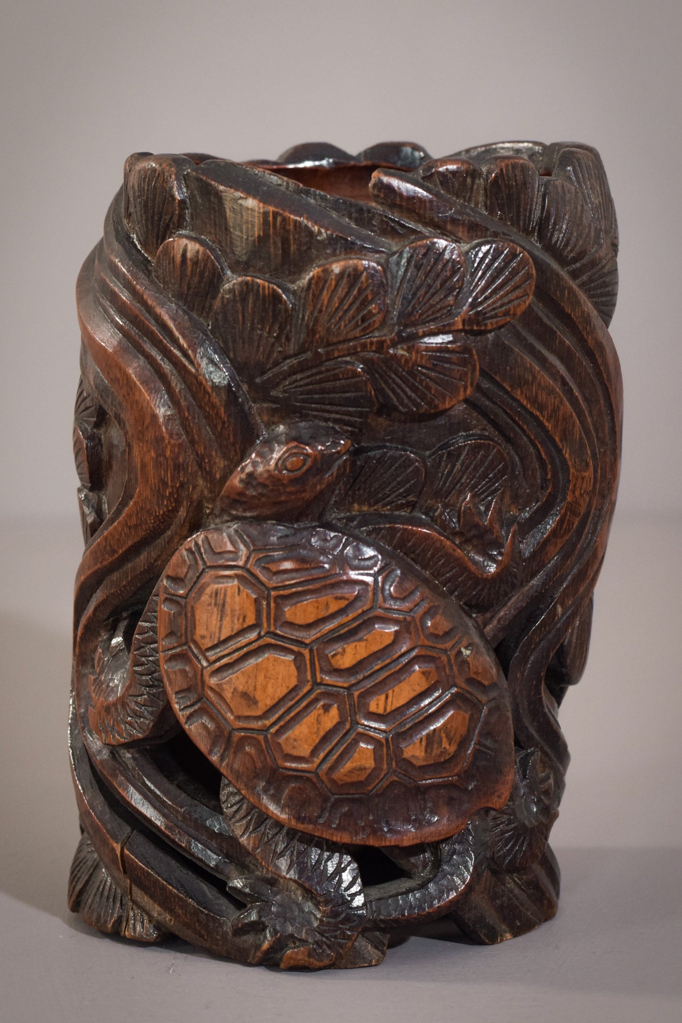 Rare Art Nouveau Chinese/Japanese Carved Brush Pot With Turtles