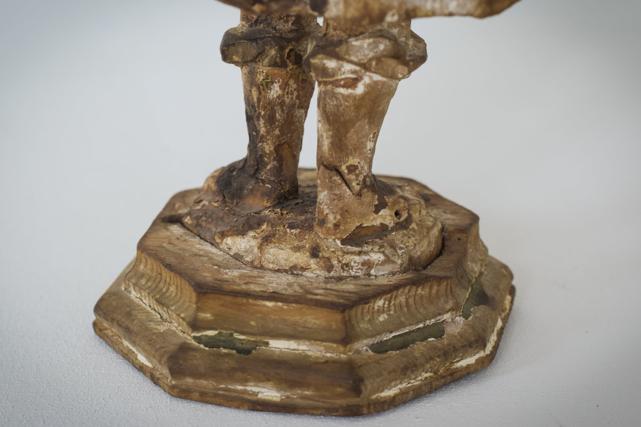 19th-century Carved Wooden Figure_Base