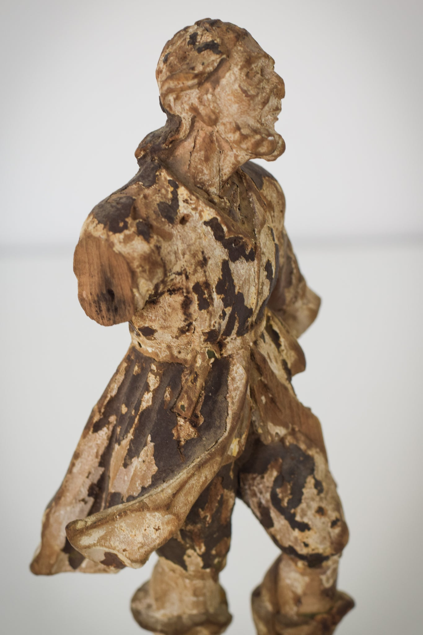 19th-century Carved Wooden Figure_Detail