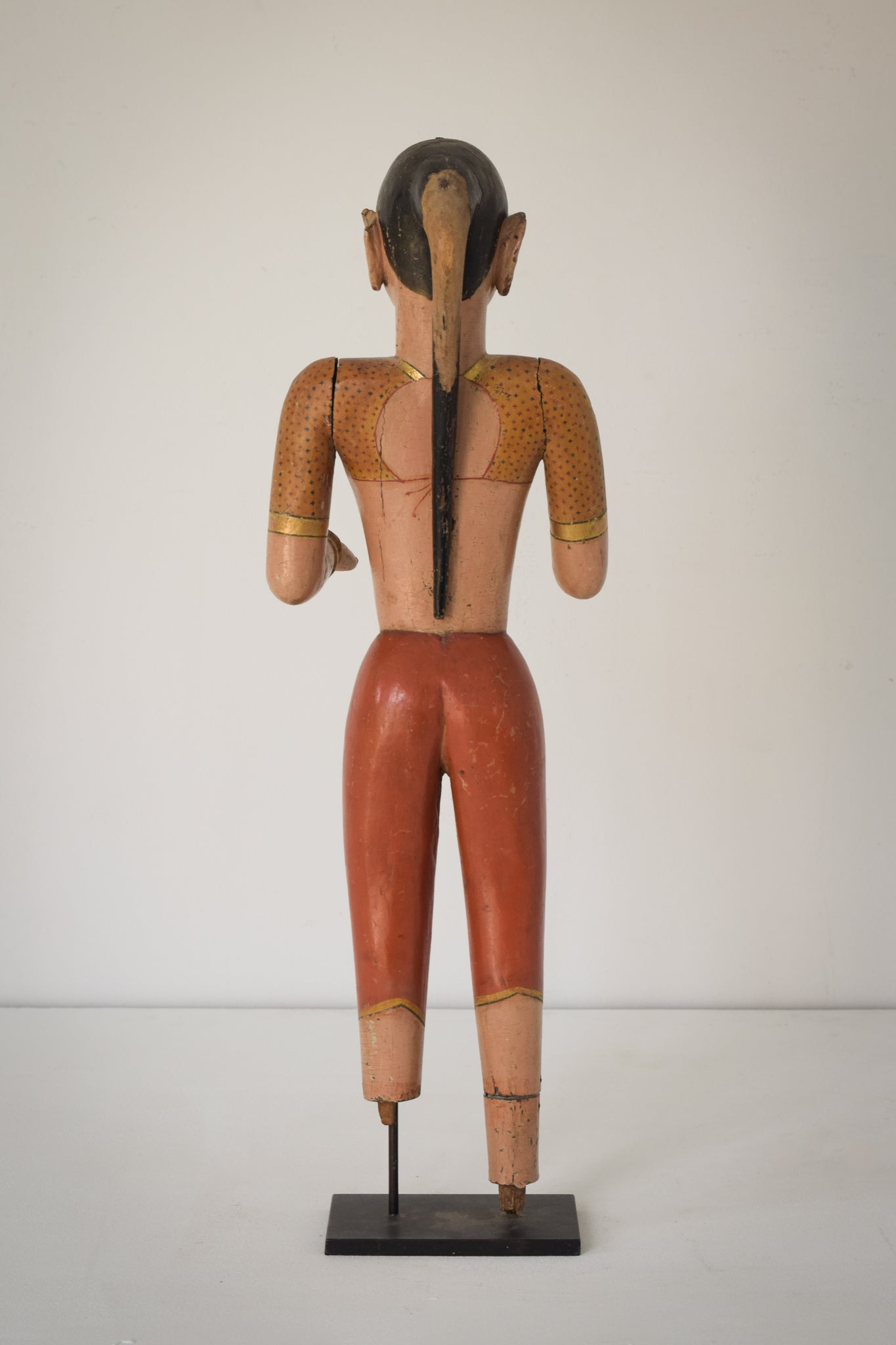 19th-century Hand Carved Indian Figure_Back