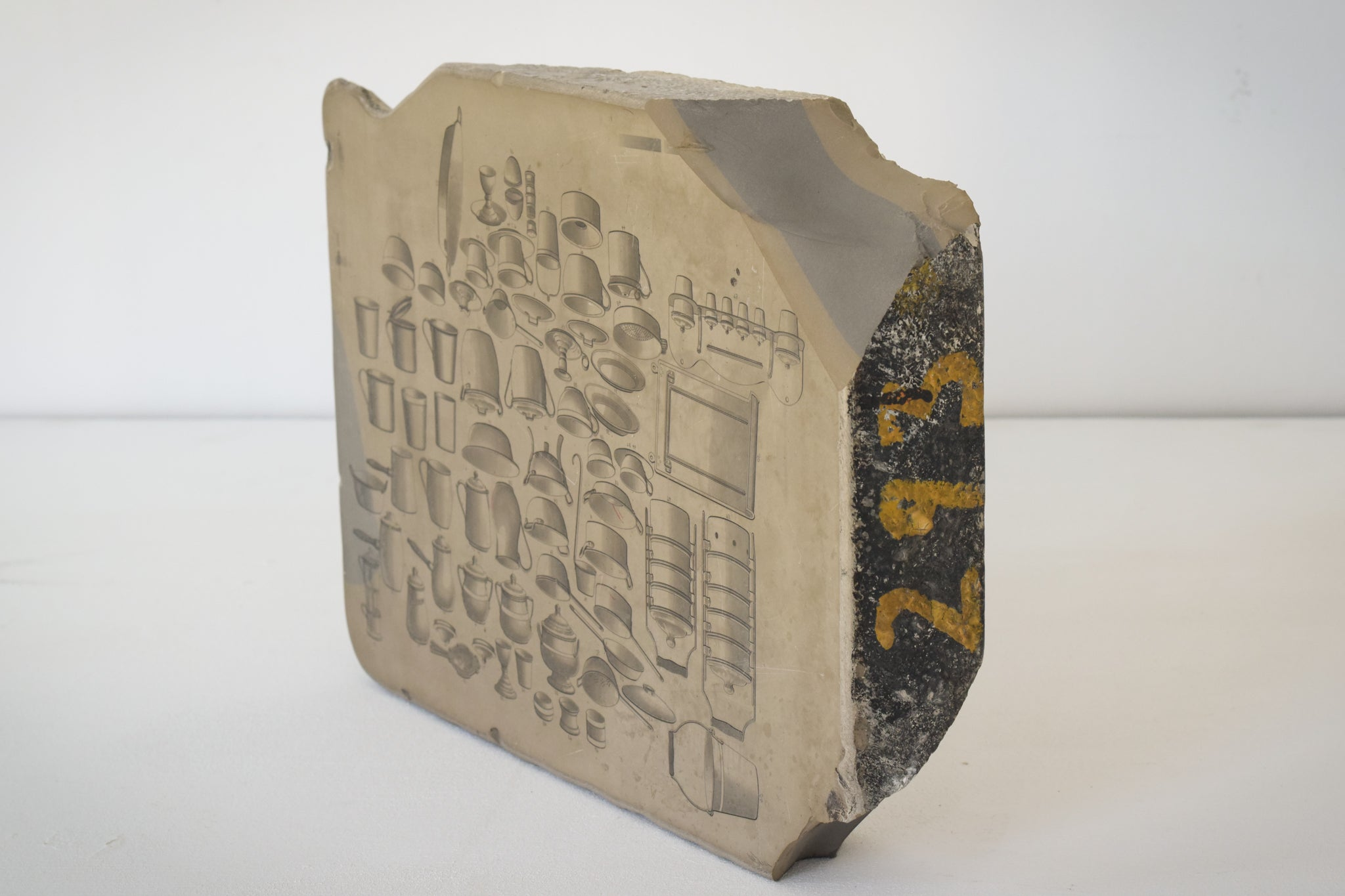 Lithographic Stone with drawings of Culinary Utensils as a design_Detail