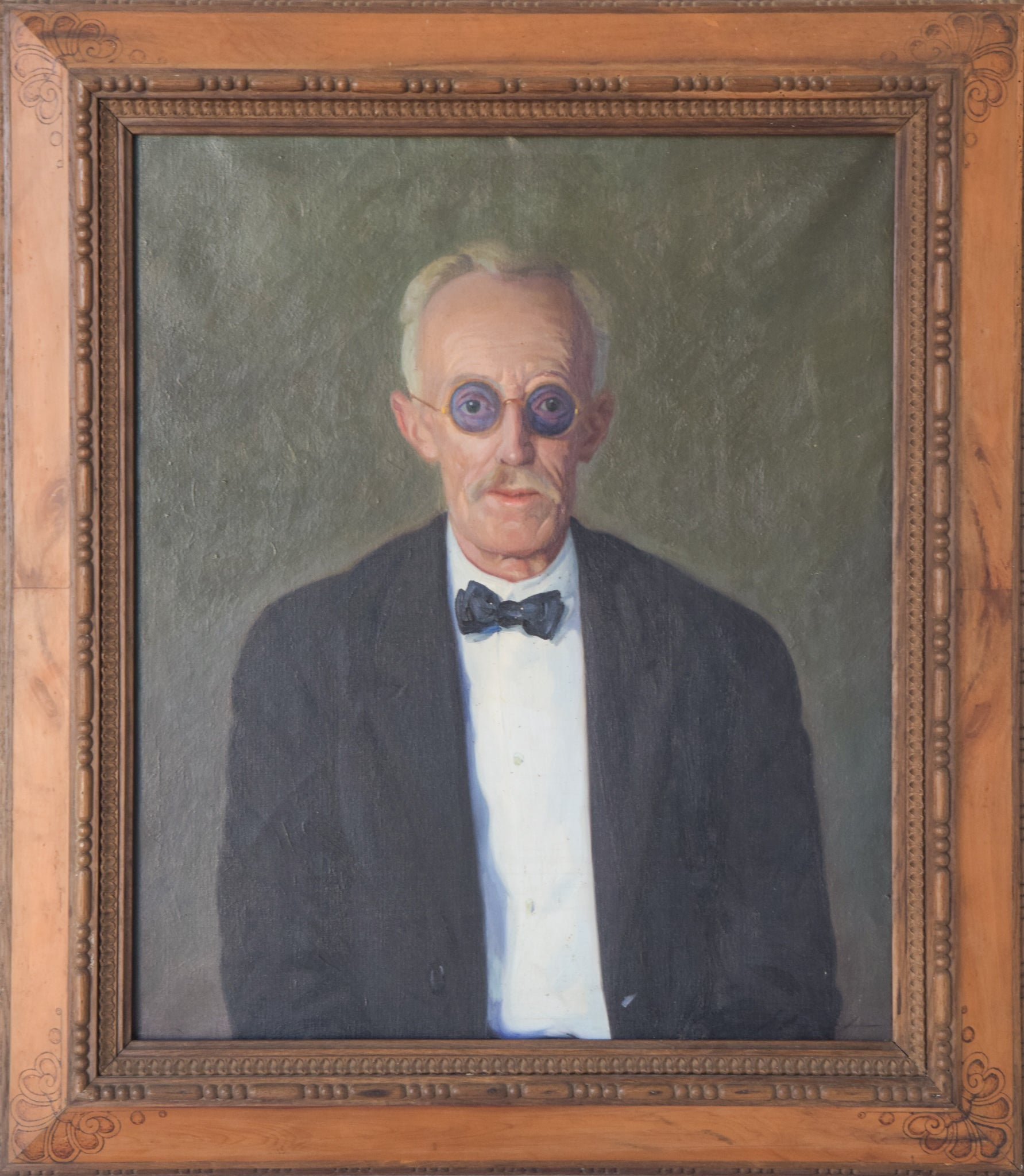 Large Portrait in Oil of an Old Man with Glasses_Framed